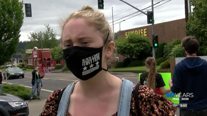Protesters gather outside of Market of Choice amid BLM mask controversy