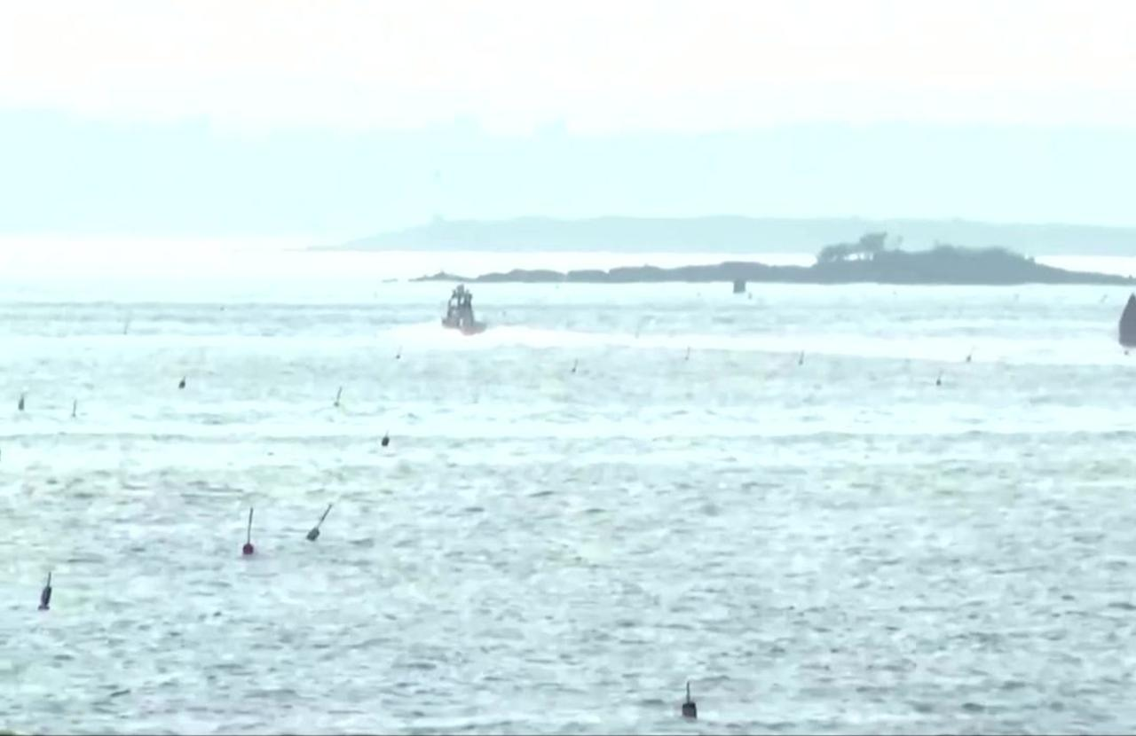 Maine restricts swimming after woman killed by shark