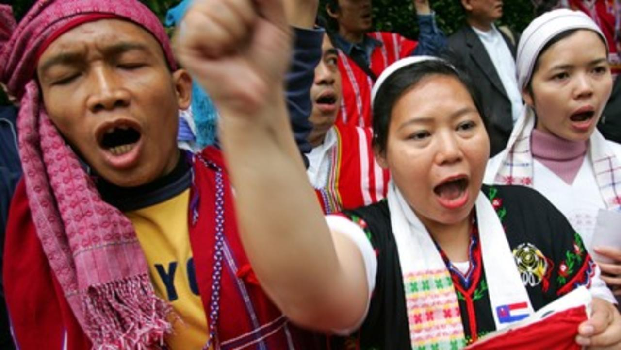 Myanmar: Karen minority demand troops leave area