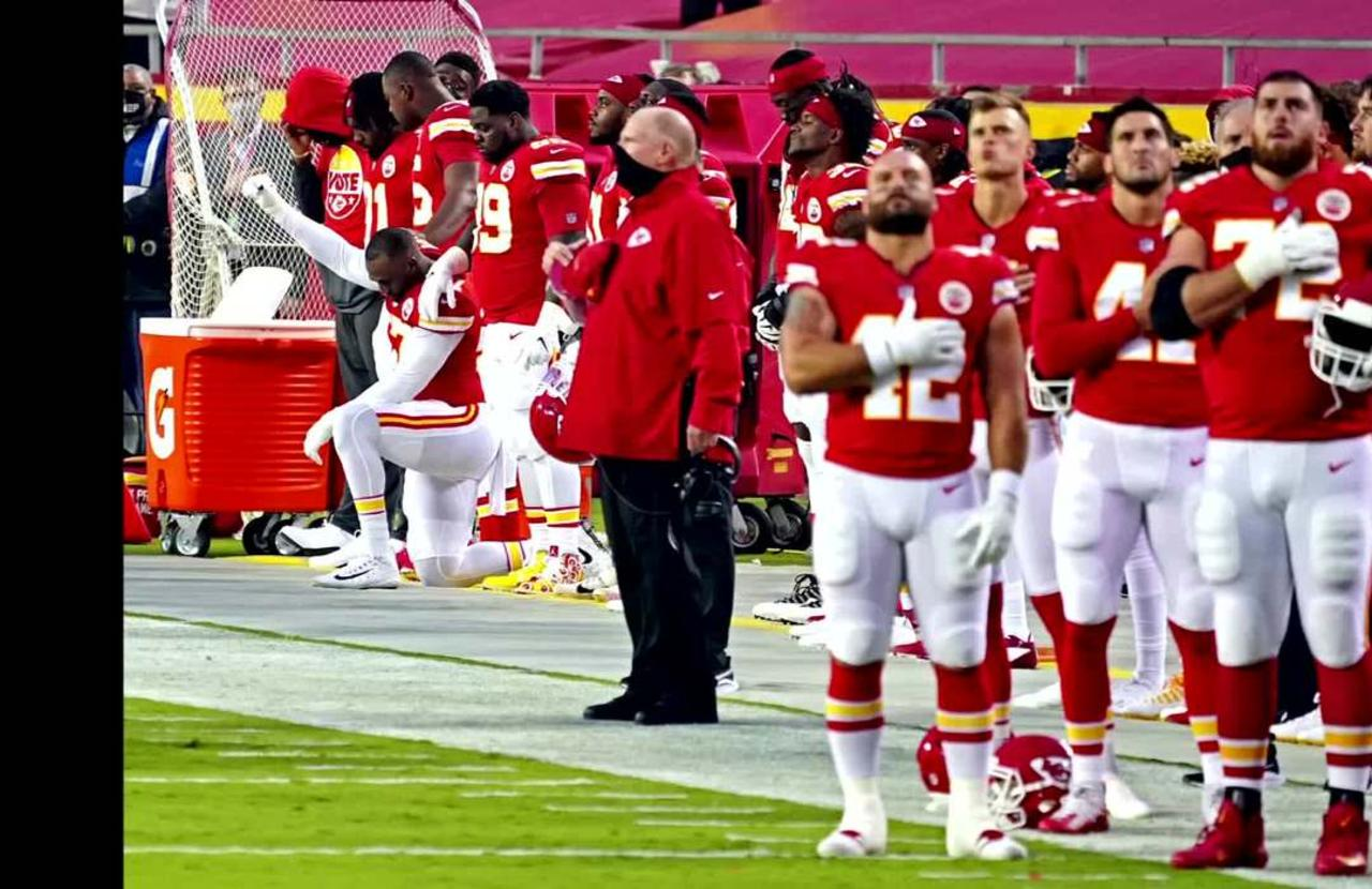 Fans jeer during moment of silence as NFL season kicks off