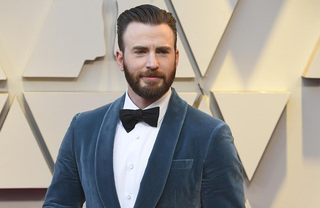 Chris Evans posted an accidental nude photo to urge