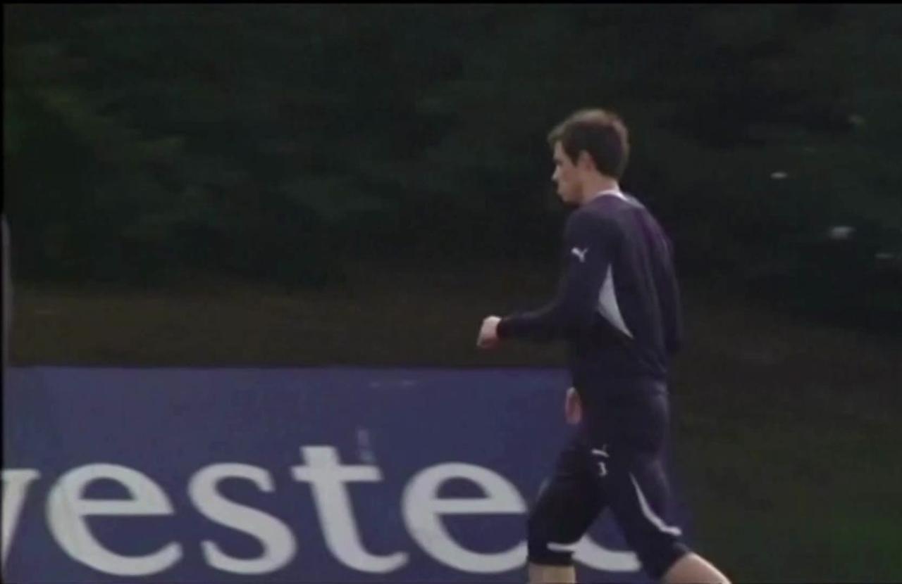 Tottenham sign Bale on loan