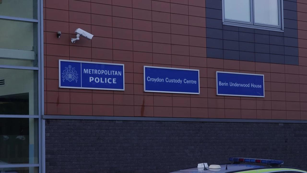 Police officer shot dead in Croydon