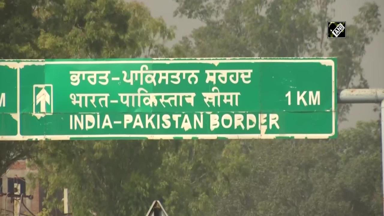 Pakistani nationals, Kashmiri students leave India via Attari-Wagah border