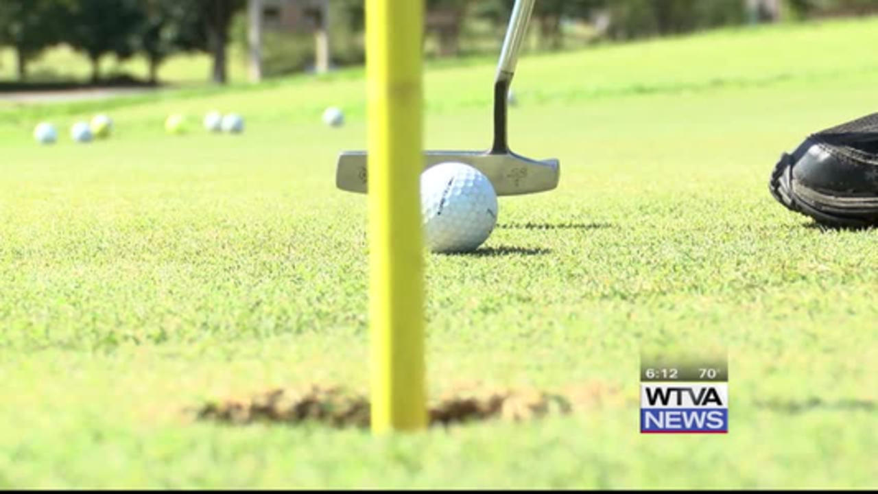 People support Monroe County deputy with their golf clubs