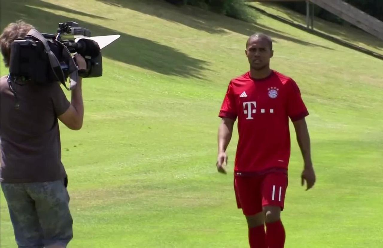 Douglas Costa returns to Bayern Munich