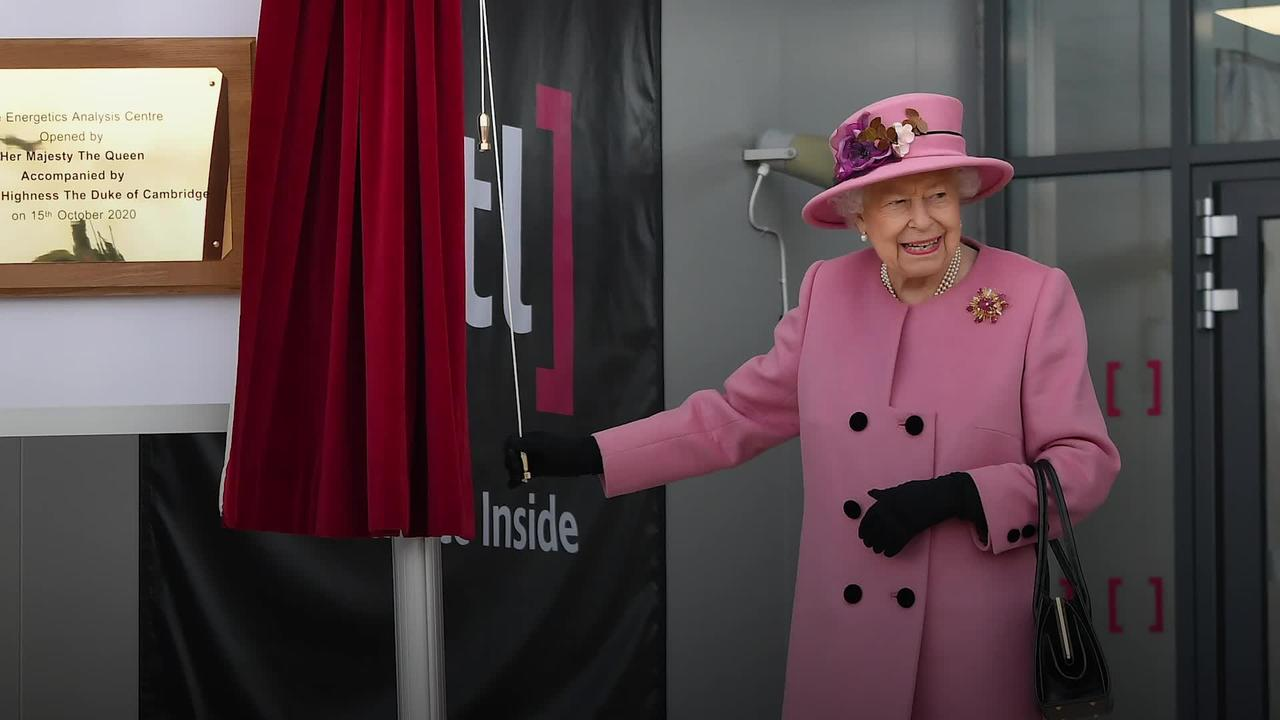 Queen on first public engagement outside royal residences since March