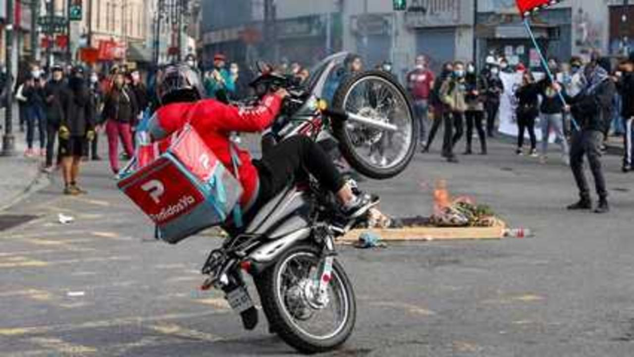 Chile: on first anniversary of protests, justice still elusive