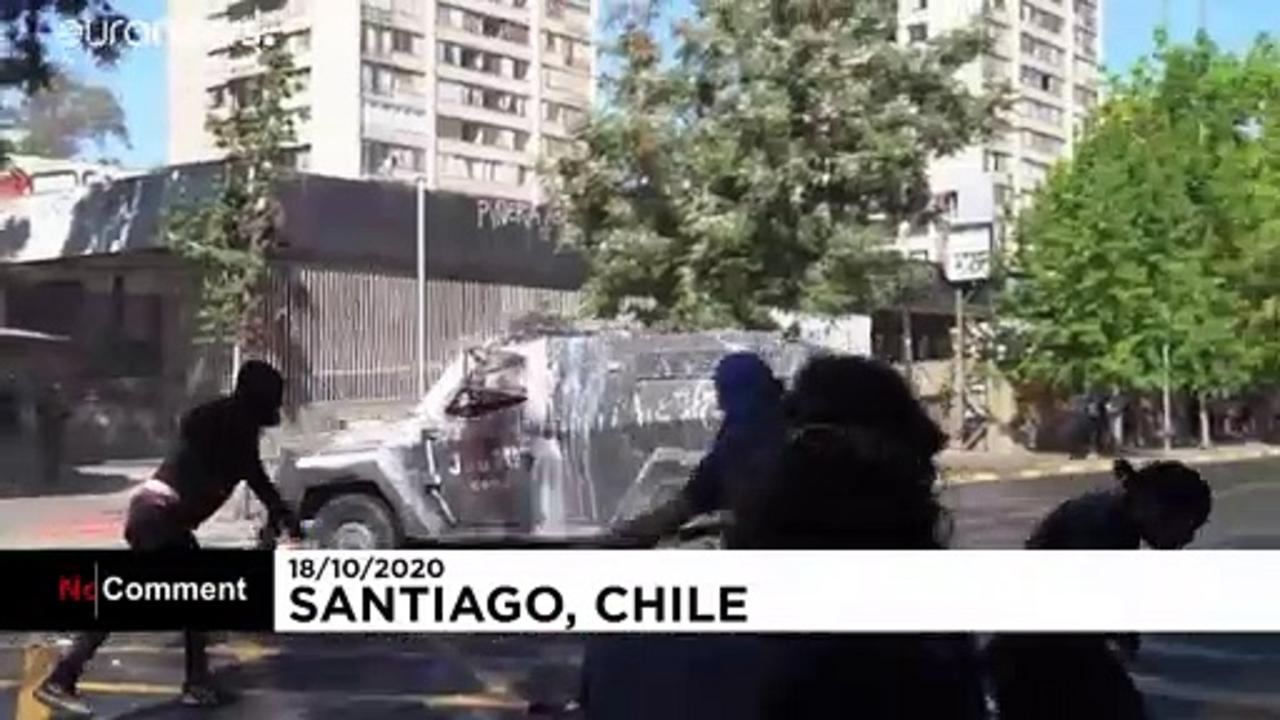 Clashes erupt during protests anniversary in Chile