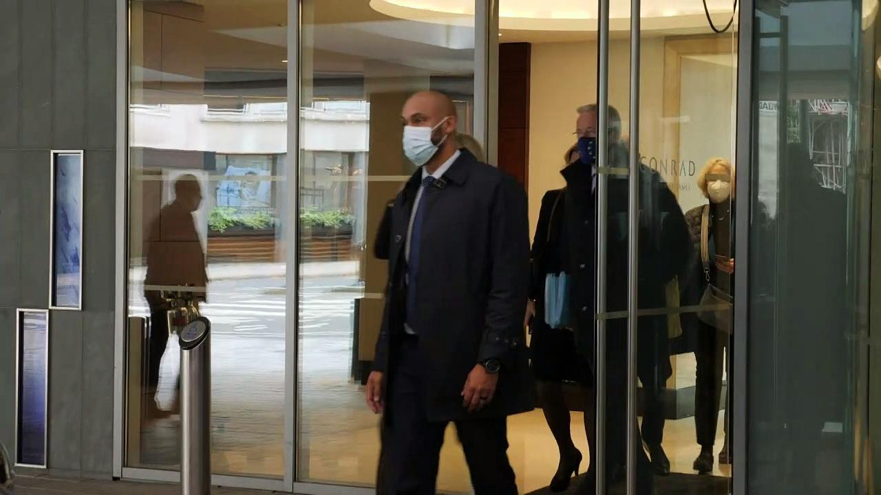 Chief EU Negotiator Bariner leaves London after talks
