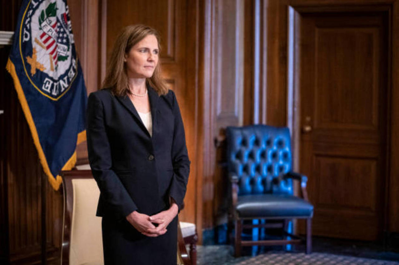 Twitter Reacts to Amy Coney Barrett's Supreme Court Confirmation