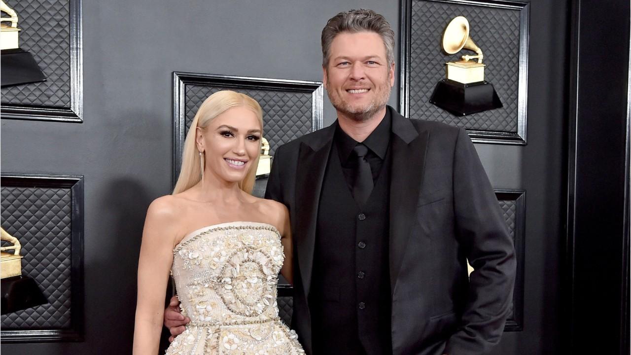 Gwen Stefani, Blake Shelton Engaged