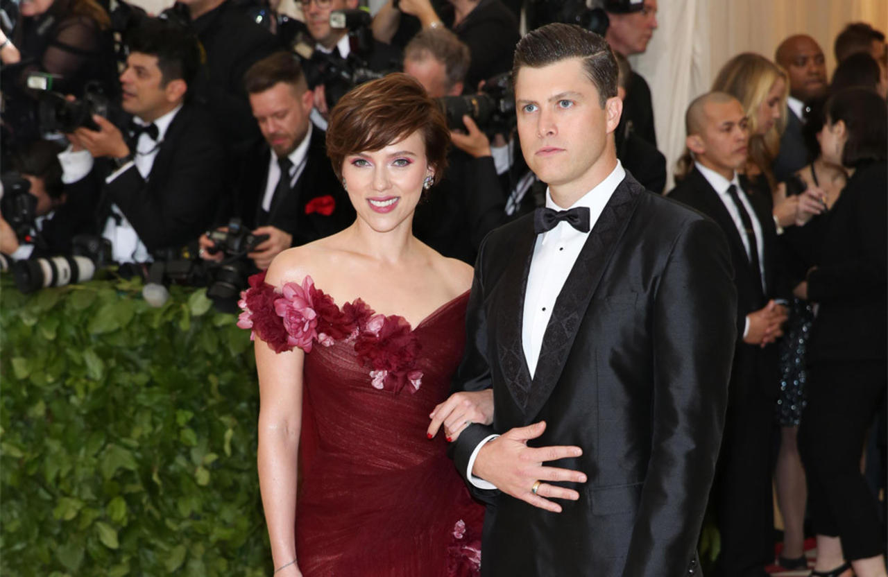Scarlett Johansson and Colin Jost have tied the knot!