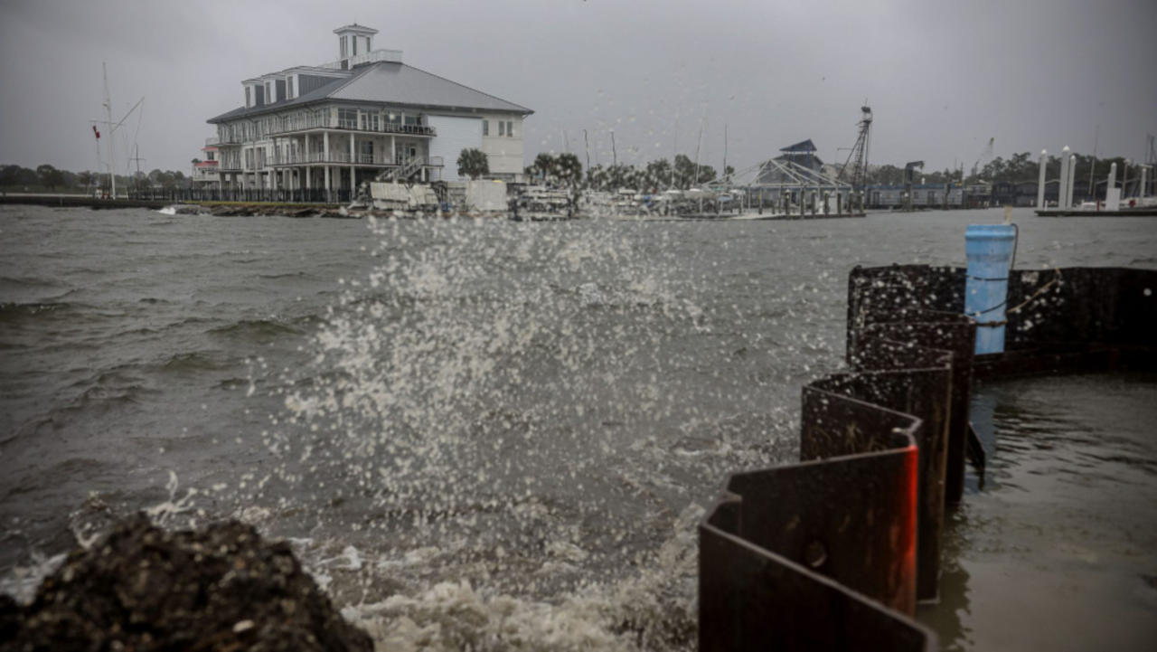 Hurricane Zeta Leaves 6 Dead, Millions Without Power As It Heads Out to Sea