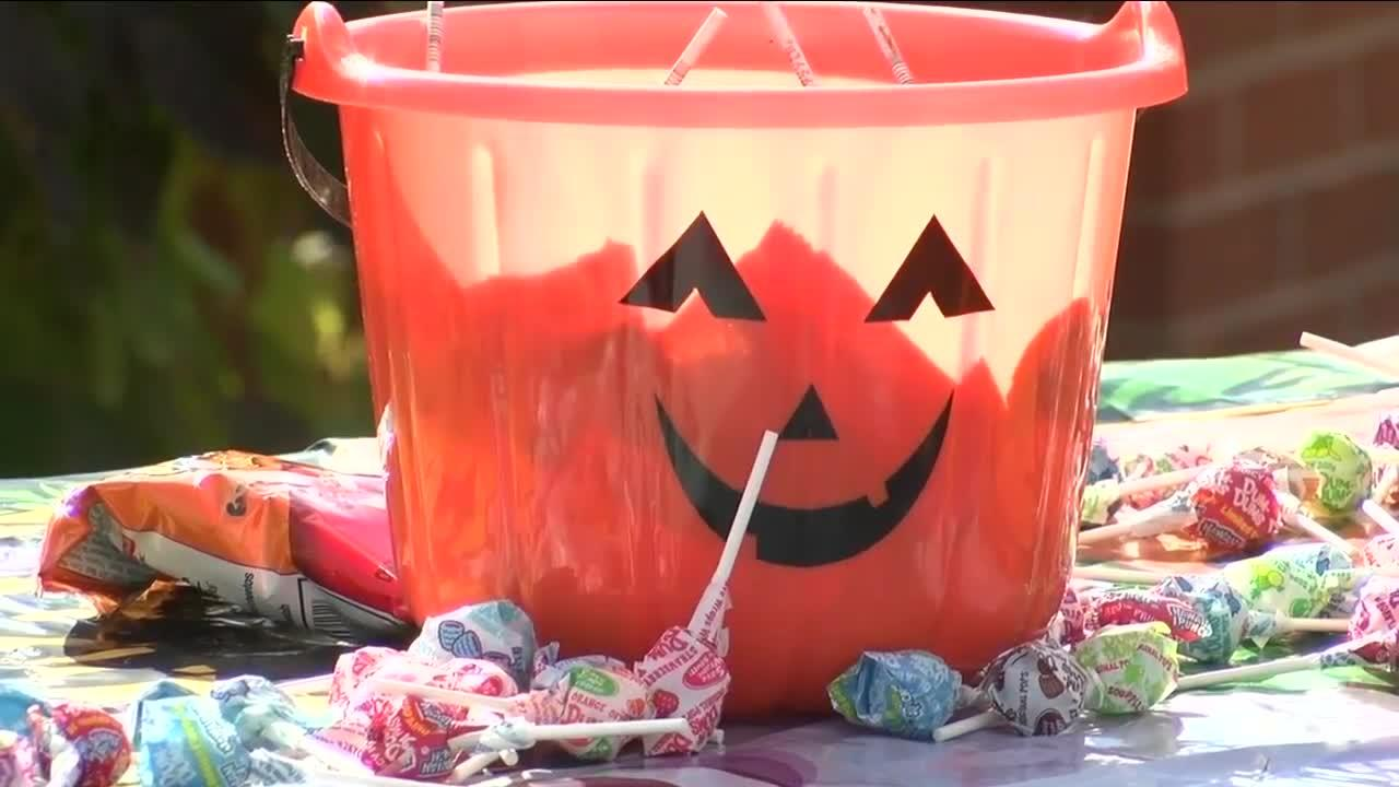 Candy and a ballot, Halloween at the polls for 'kid voters'