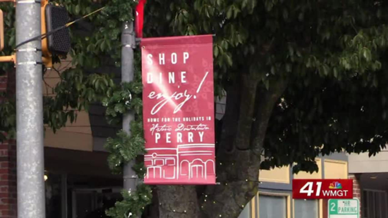 Perry encourages residents to shop local for small business Saturday