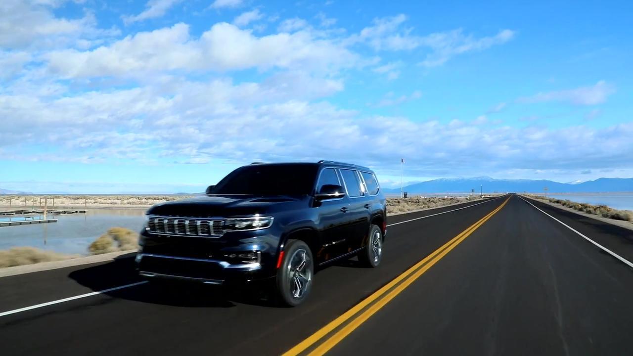 2022 Jeep Grand Wagoneer Driving Video