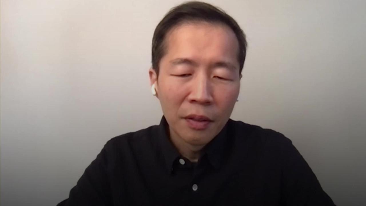 Minari director's 'sorrow' over Golden Globes exclusion