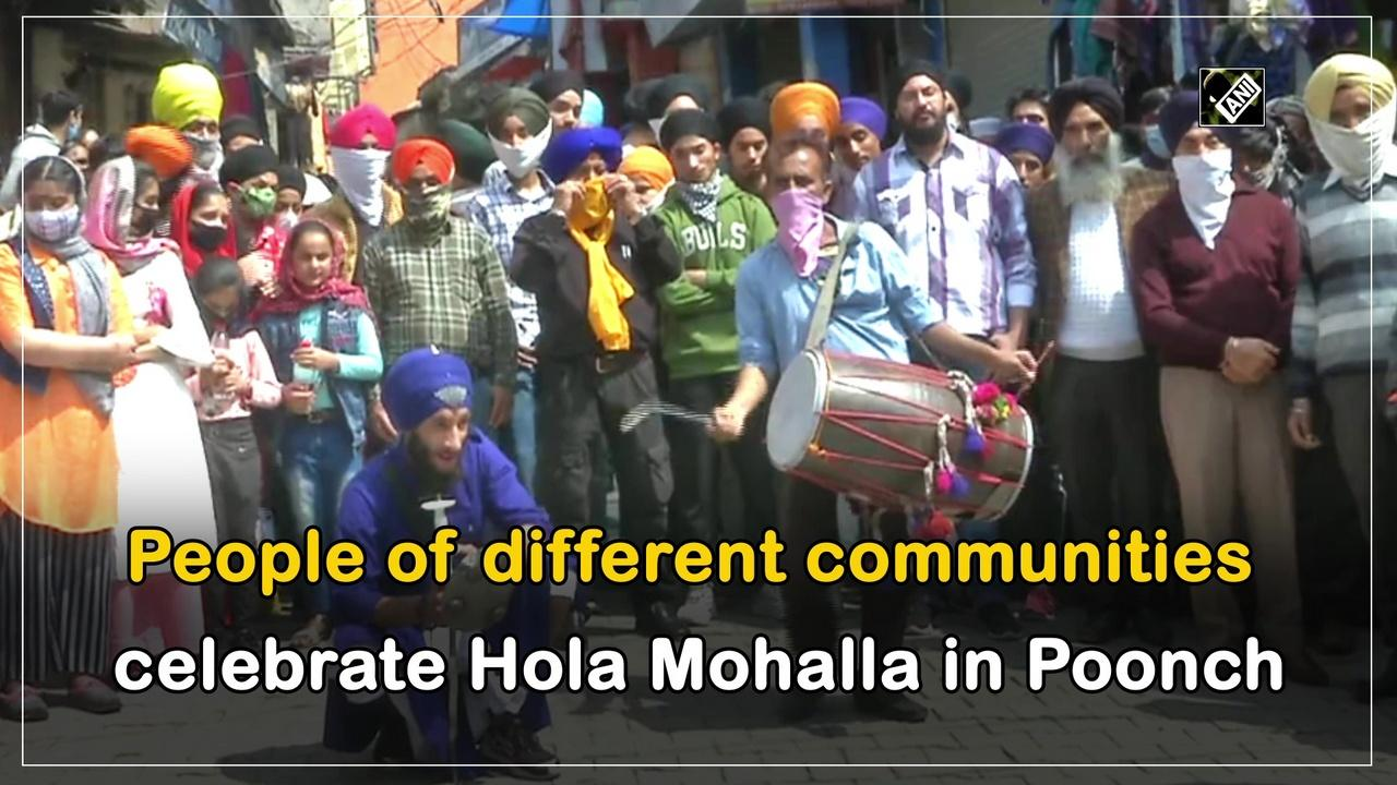 People of different communities celebrate Hola Mohalla in Poonch