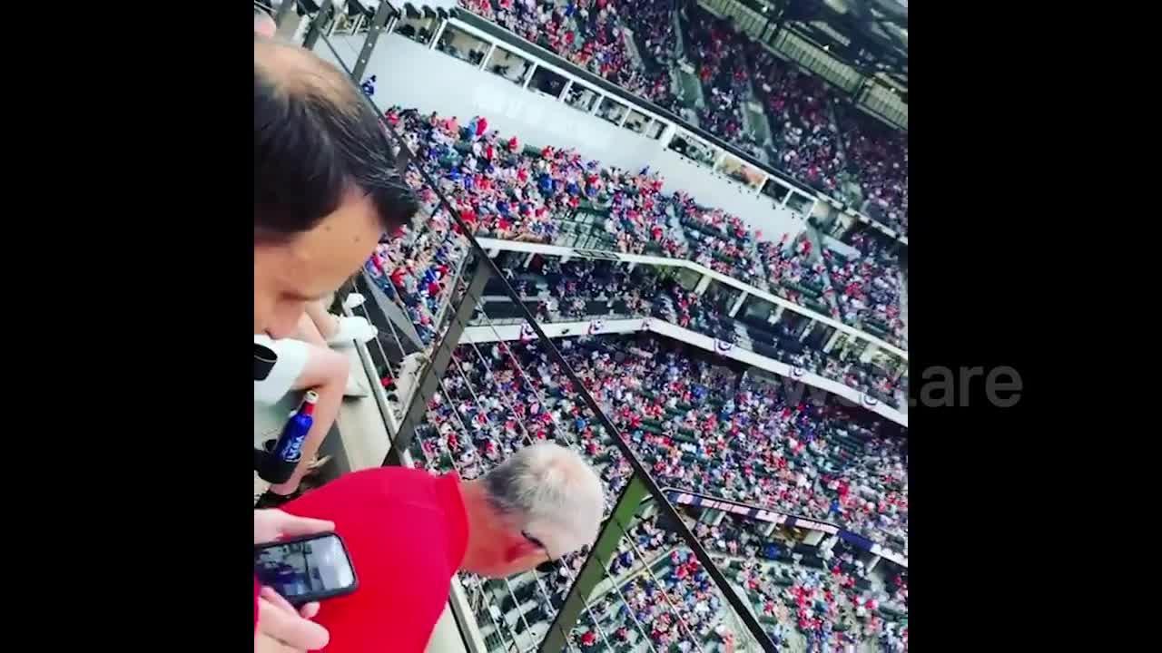 Rangers home opener sees fully filled stadium despite pandemic in Texas