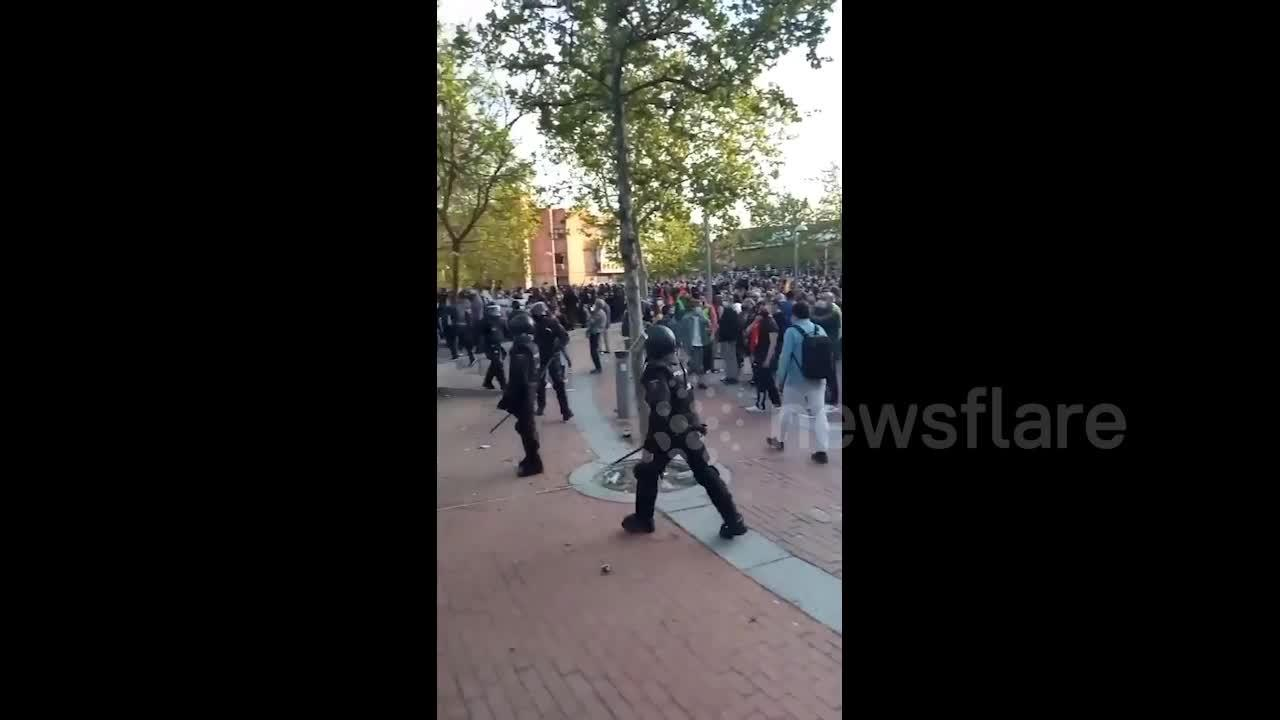 Anti-fascist protesters arrested at far-right rally in Madrid