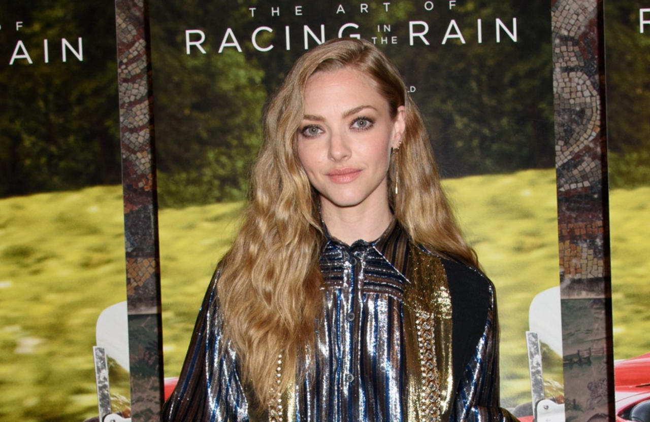 Amanda Seyfried has wanted to play Glinda the Good Witch in a Wicked movie for five years