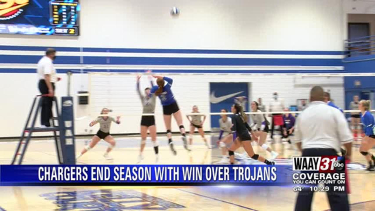 UAH Volleyball wins final game