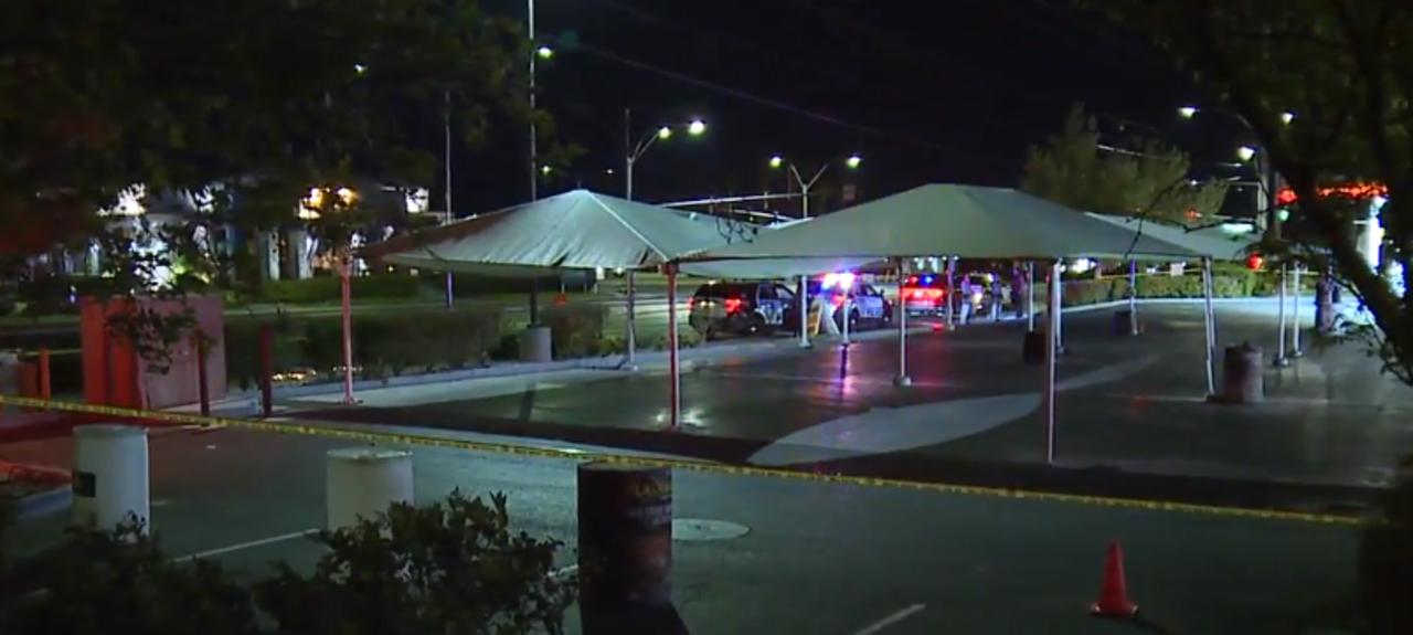 Vegas PD: Man dropped off at hospital following overnight shooting