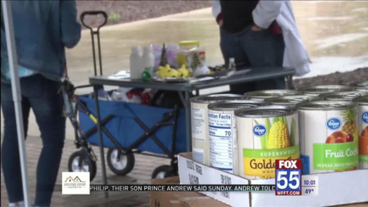 Fort Wayne community, Pokémon Go enthusiasts help 'feed the herd' at Purdue University Fort Wayne