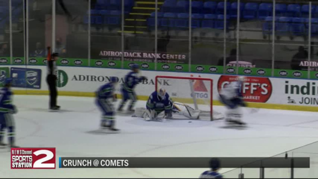 Hofer's first pro win helps Comets to rally past Crunch