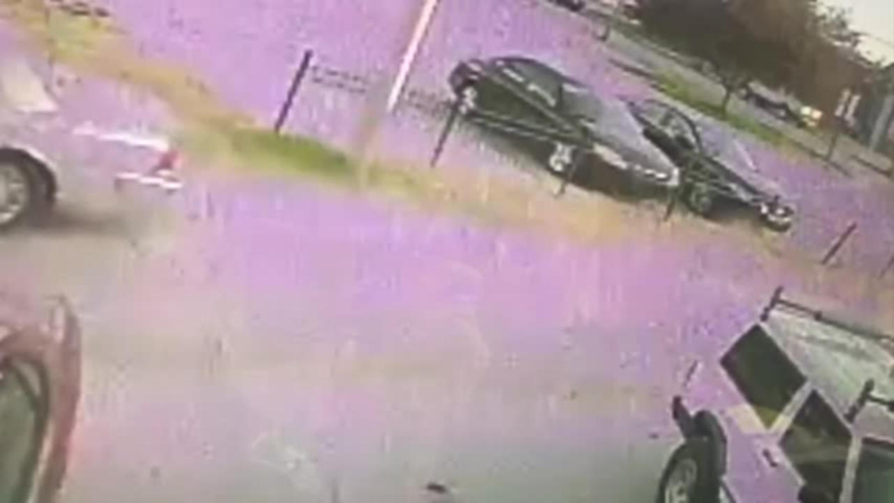 Vincennes Police continue to search for suspects in recent shooting