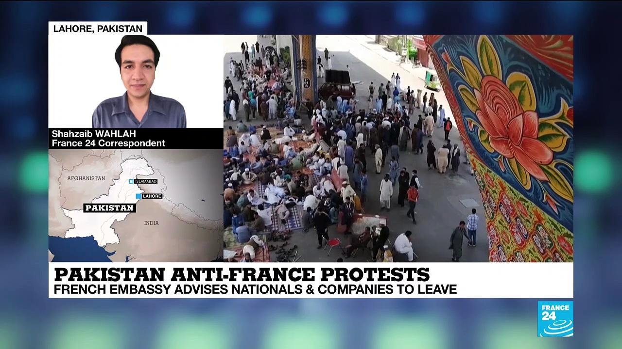 French urged to leave Pakistan amid anti-France protests