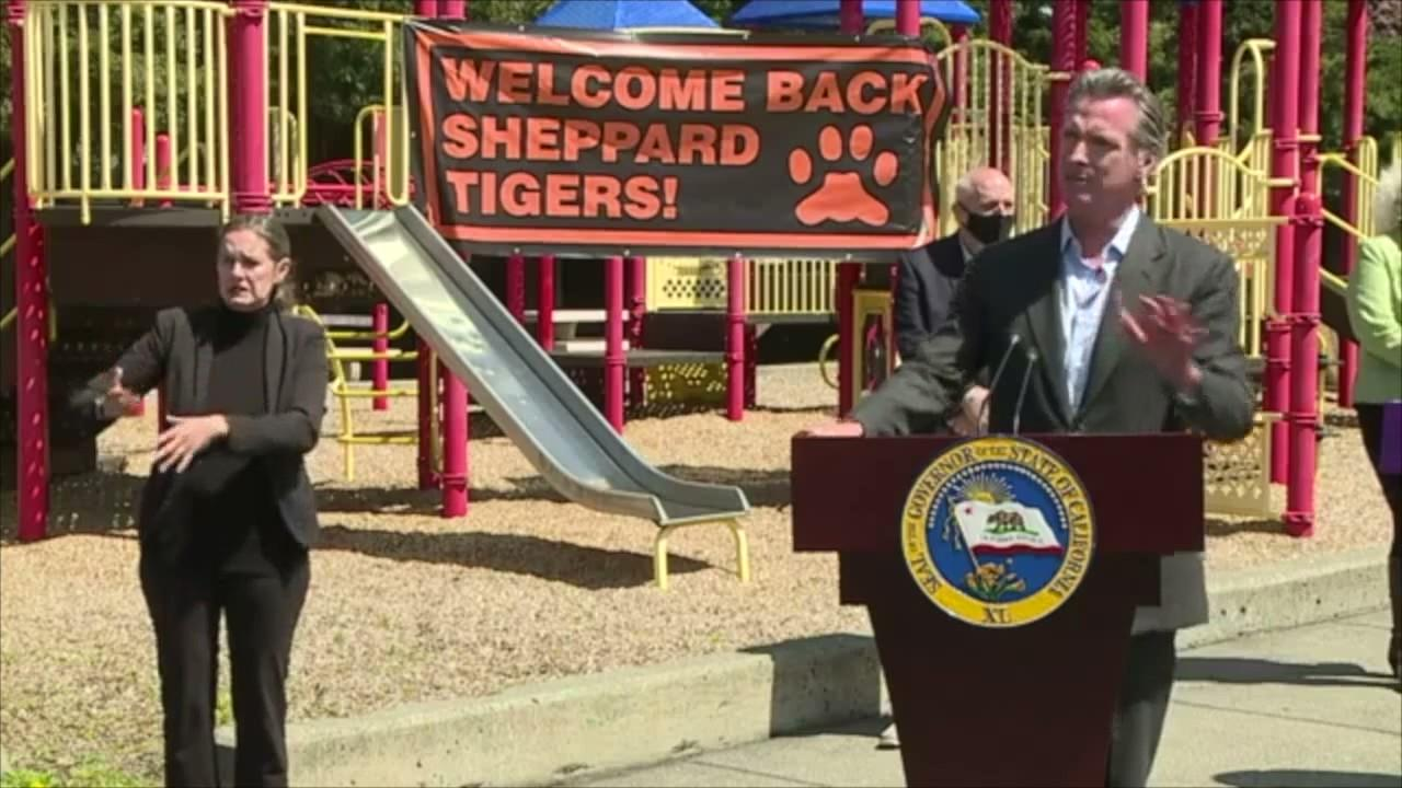 Newsom pushes school reopening as many districts resist
