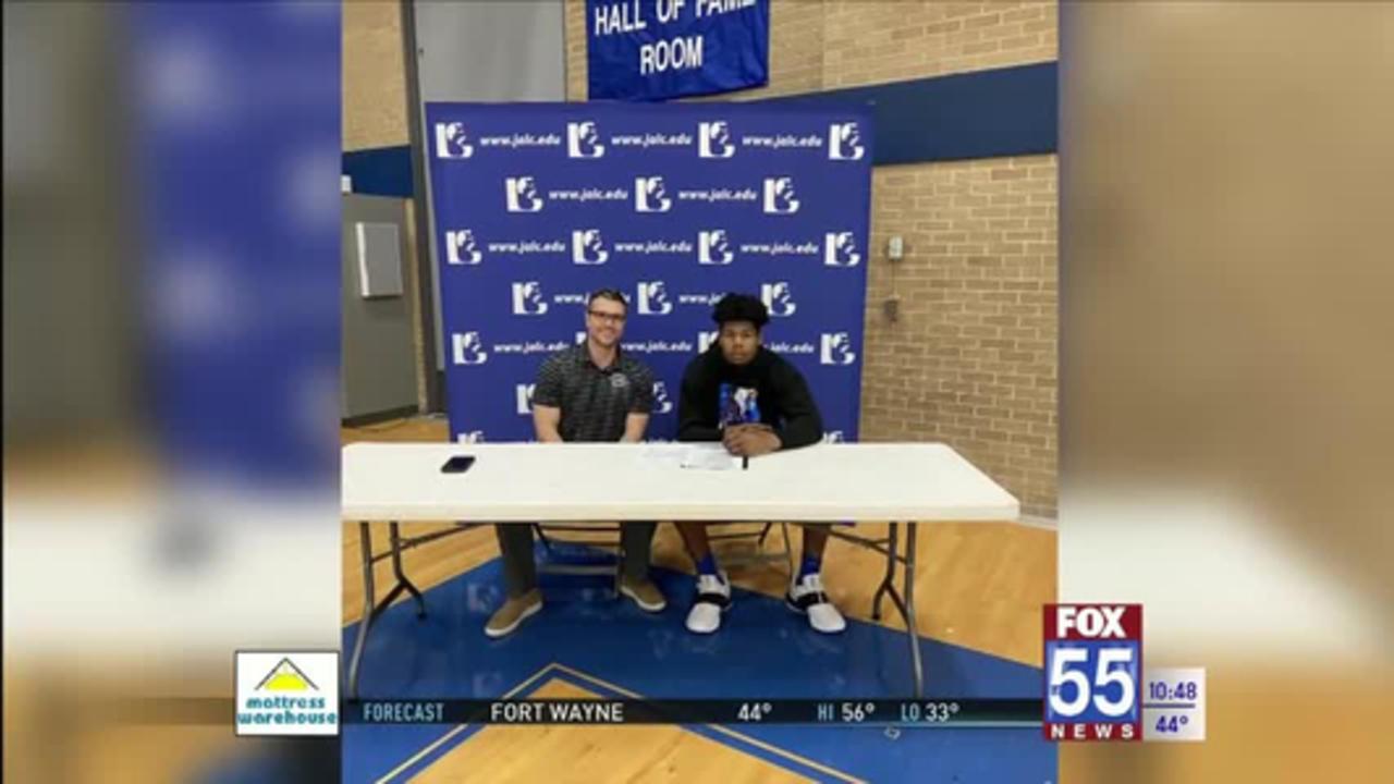 Former Northrop Basketball Star Sydney Curry Signs with Kansas