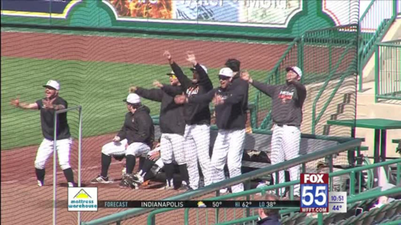 Indiana Tech Sweeps Doubleheader with Grace at Parkview Field