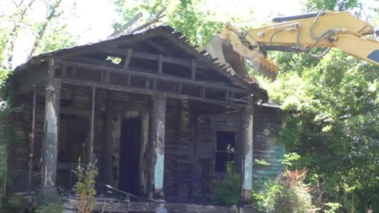Demolition begins for Macon-Bibb blight removal plan
