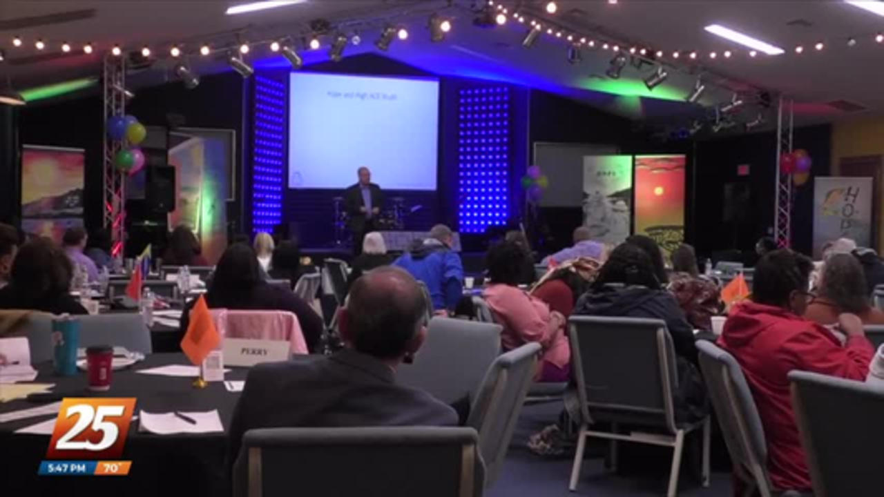 Author and professor brings Power of Hope training to Mississippi family courts