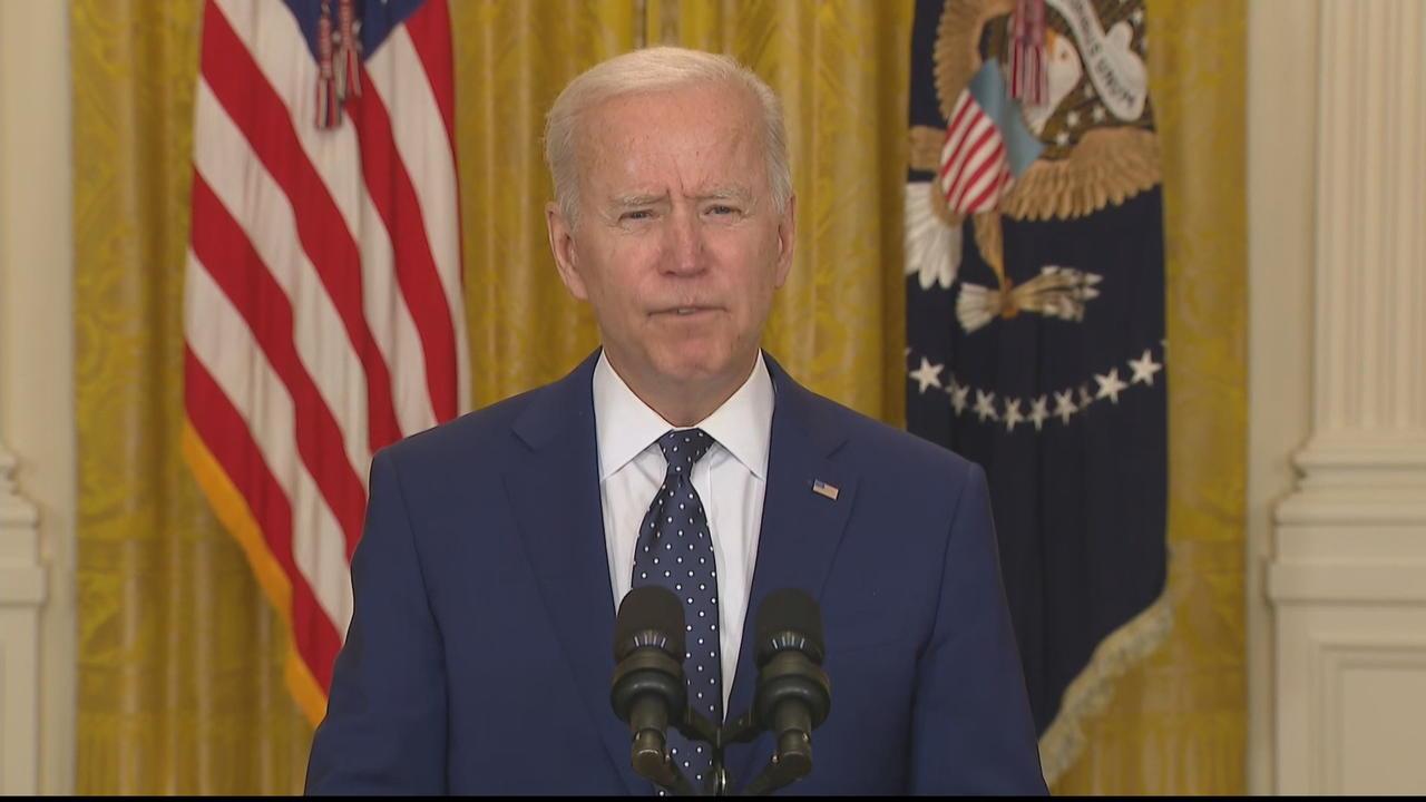 Biden calls on Russia to de-escalate tensions