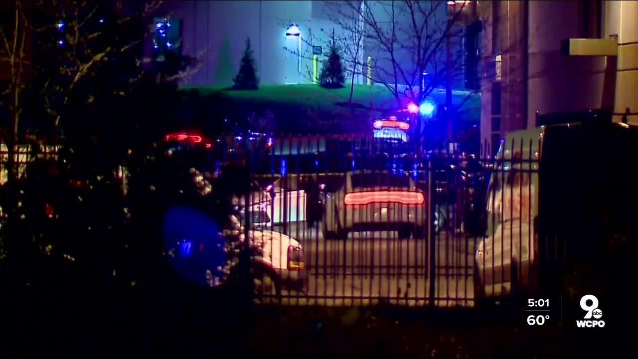 Gunman kills 8 at FedEx facility in Indianapolis