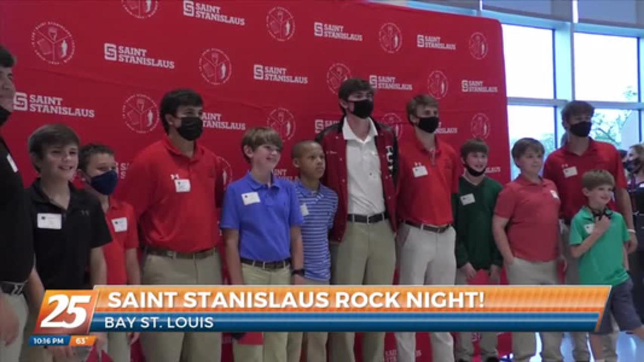 St. Stanislaus welcomes incoming students at Rock Night