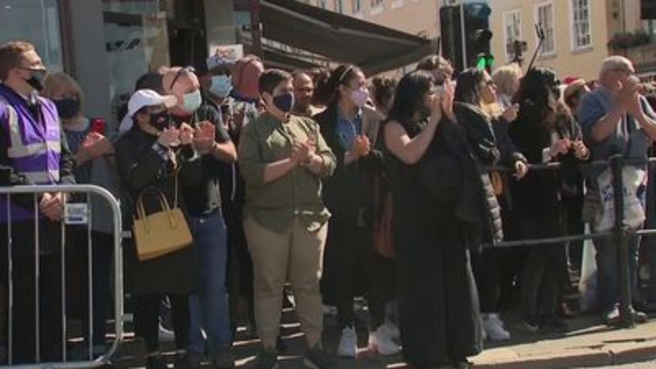 Mourners gather outside Windsor Castle