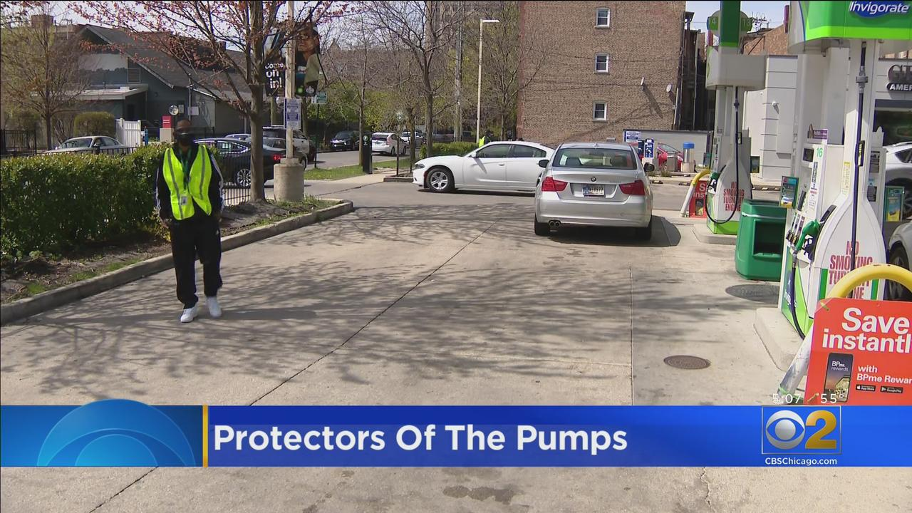 As Carjackings Drop In Chicago, Activists Believe Violence Interrupters At Gas Stations Have Helped