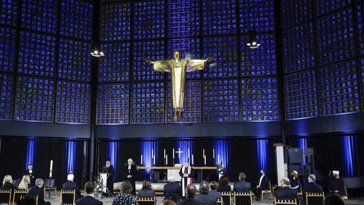 Germany commemorates 80,000 COVID-19 victims with national ceremony