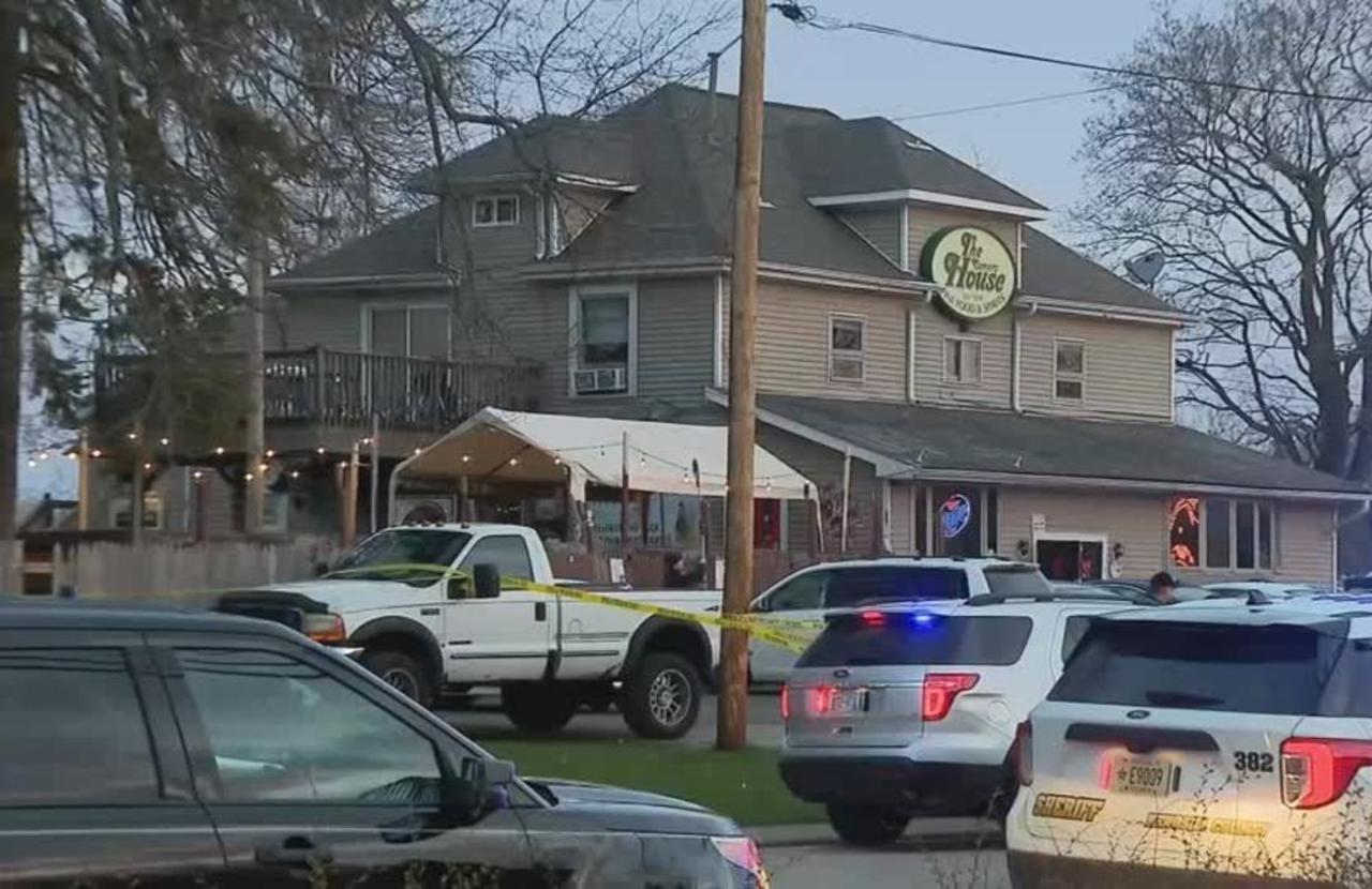 Three killed in Wisconsin bar shooting