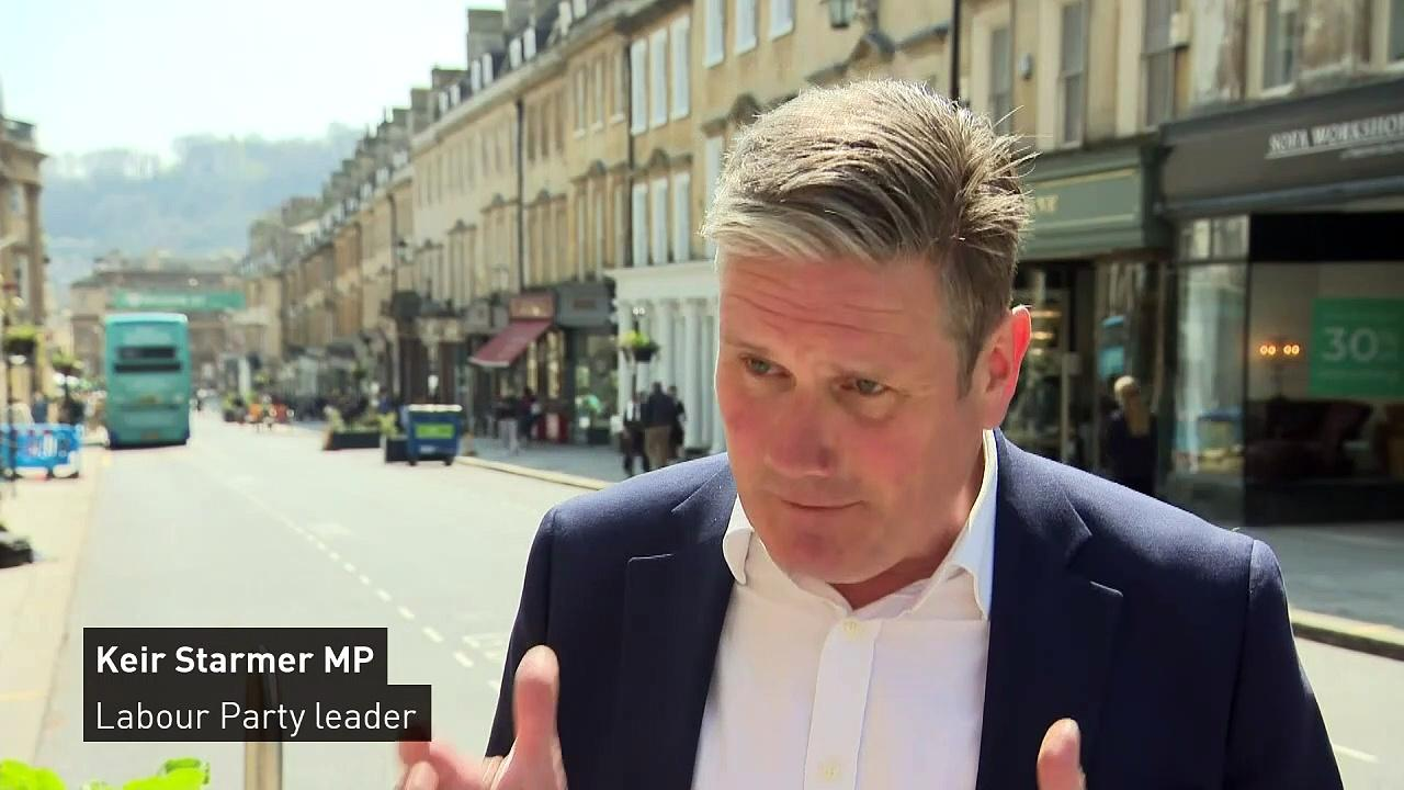 Starmer 'disagrees' with landlord who ordered he leave pub