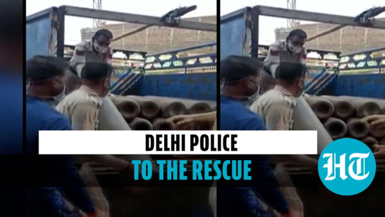 Watch: Delhi Police arranges 20 oxygen cylinders for hospital in need