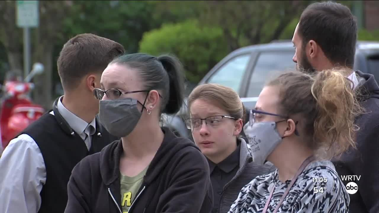 Vigil held in Beech Grove to show support