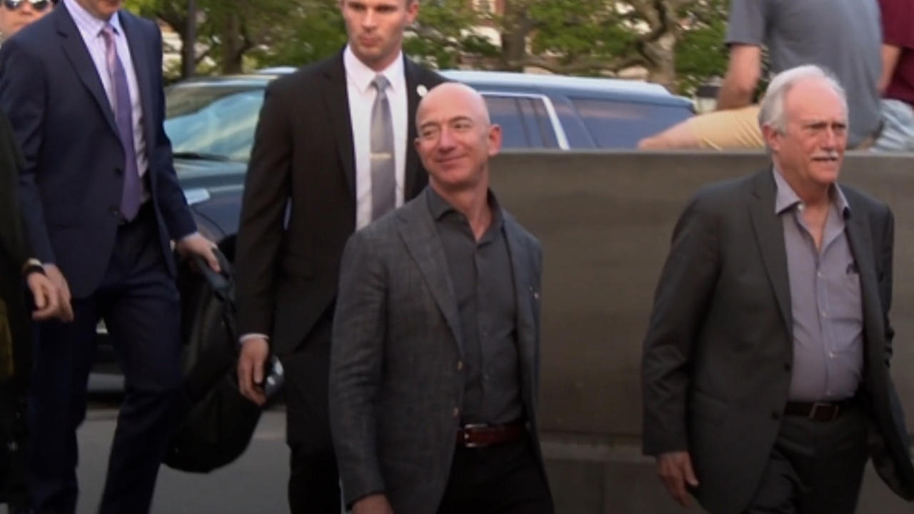 Bezos Says Amazon Needs a 'Better Vision' for Employees in Shareholder Letter