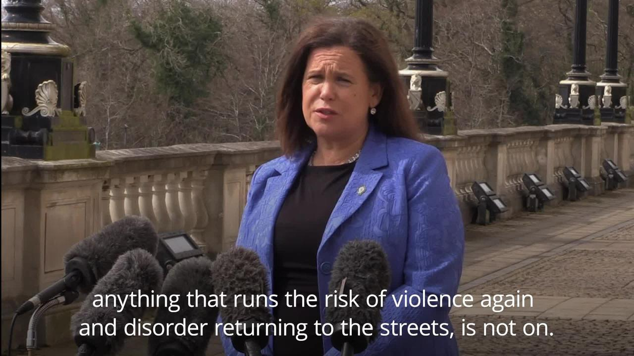 Sinn Fein president urges loyalists to think again about protests