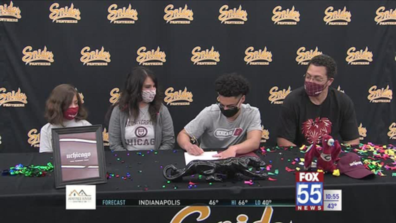 Snider's Shelton, Williams sign to wrestle in college